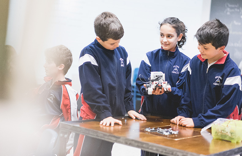 robótica colegio Ábaco