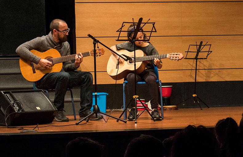 Escuela de Música Ábaco Guitarra
