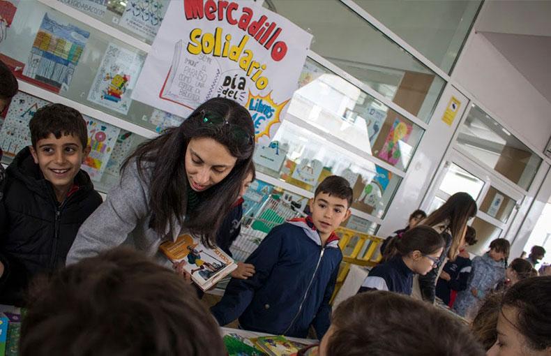 Mercadillo Solidario por el Día del Libro